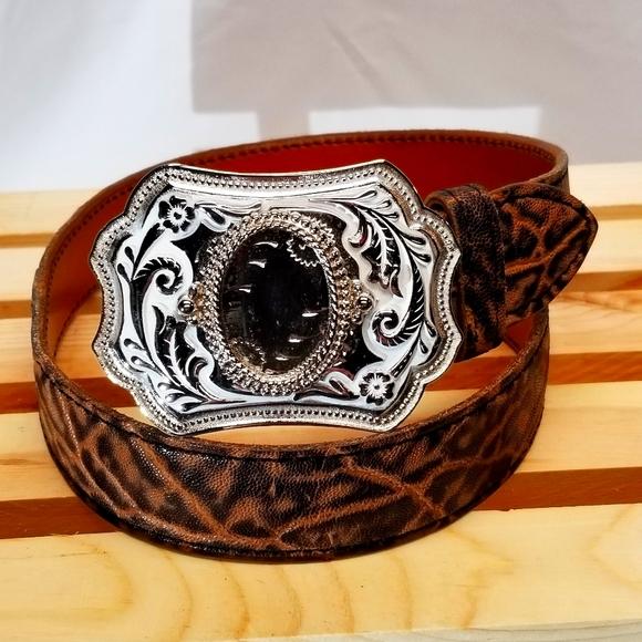 NWOT, western buckle, silver/white, gem insert
